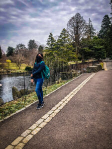 A student at the Morris Arboretum during Spring Stay