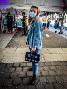 Student with new Penn Bag from University Life Grab and Greet