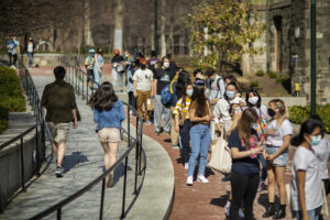 Students waiting in line for the UNIVERSITY LIFE CAMPUS GRAB & GREET TREASURE HUNT