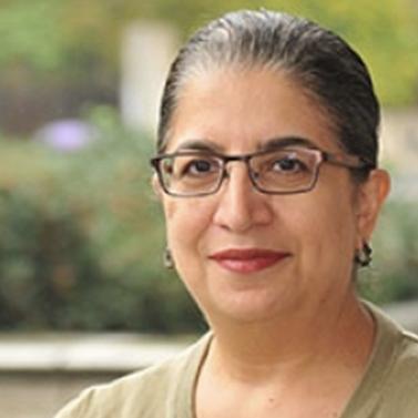 Valerie De Cruz outside of on Penn campus
